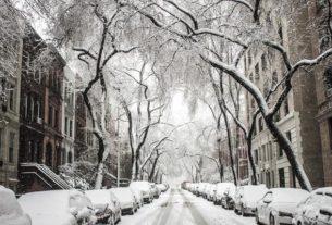 Świąteczno-noworoczne przystrajanie miasta. Jak je zorganizować?